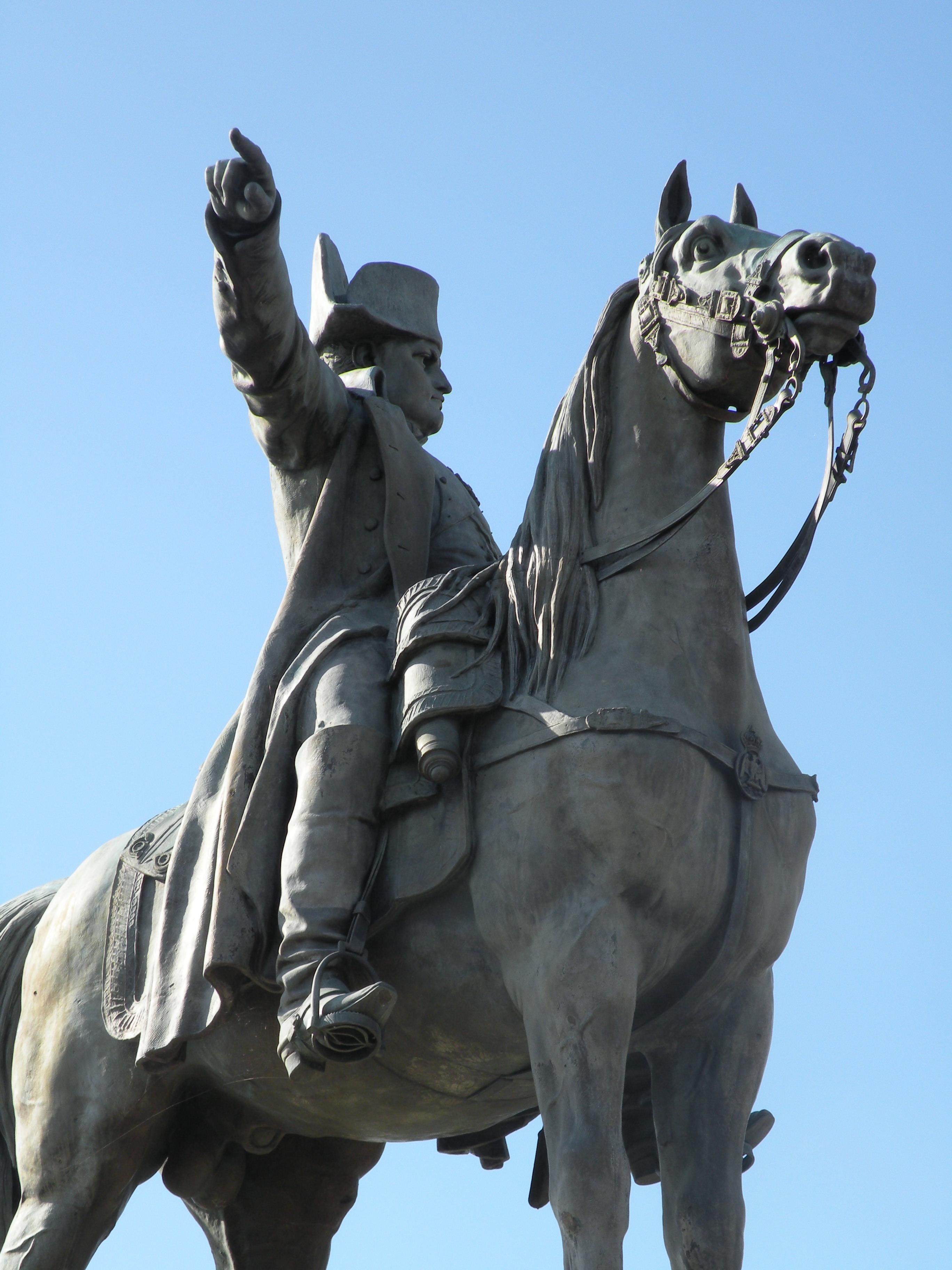 Statue_Napoleon7